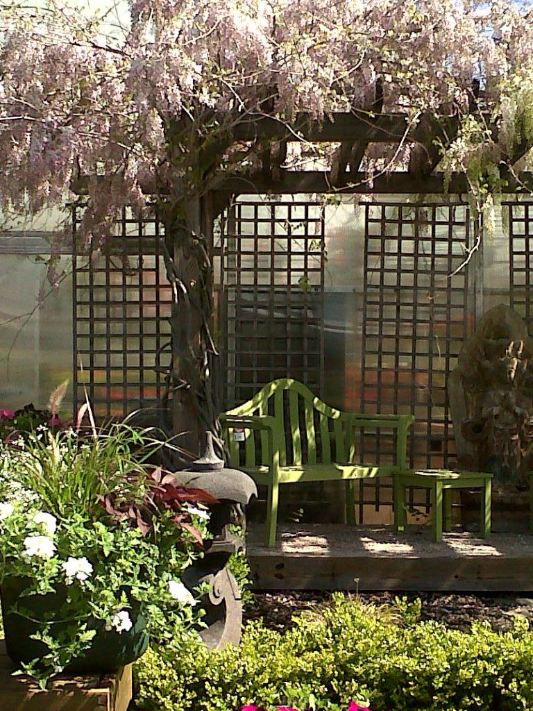 FoxFarm Blog: Welcome! Churchill\'s Garden Center NH